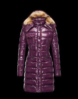 MONCLER HERMIFUR  Ce manteau doudoune Moncler est indispensable en hiver. Techno fabric / Turtleneck / Three pockets / Snap-buttons, zip / Drawstring waist / Feather down inner / Stitching / Logo / Fur applicationsComposition:100% Polyamid  €355, Jusqu'à -81%  Acheter maintenant: http://www.monclerfr.com/doudoune-moncler-pas-cher-femme.html