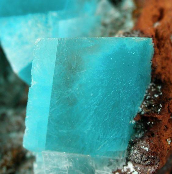 Aurichalcite, Calcite from Ojuela Mine, Mapimí, Mun. de Mapimí, Durango, Mexico [db_pics/mdpics/MD-268046b.jpg]