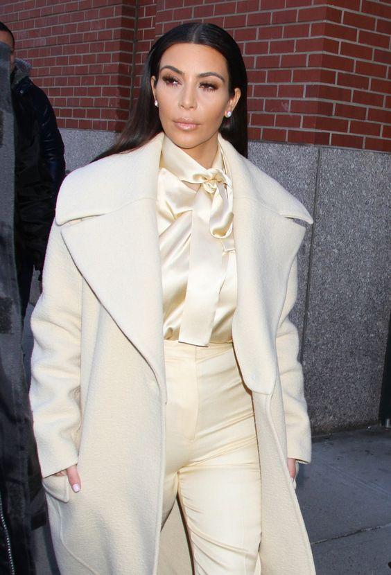 FFN_Kardashian_Kim_GG_022414_51338003.jpg (900×1326)