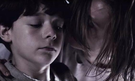 @SeriesBlogTV : Pour oublier la réalité on se réfugie dans la fiction angoissante avec  #Outcast S1E2 https://t.co/Y2vdq92TeP https://t.co/d9ntMVW80b