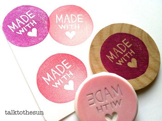 hecho con sello de amor. sello de goma talladas a por talktothesun