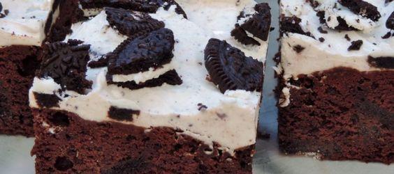 Oreo brownies met een topping van roomkaas