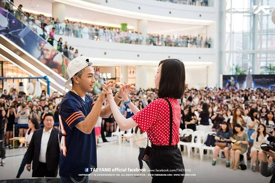TAEYANG's High-Touch Event in Yeongdeungpo Time Square, Seoul: