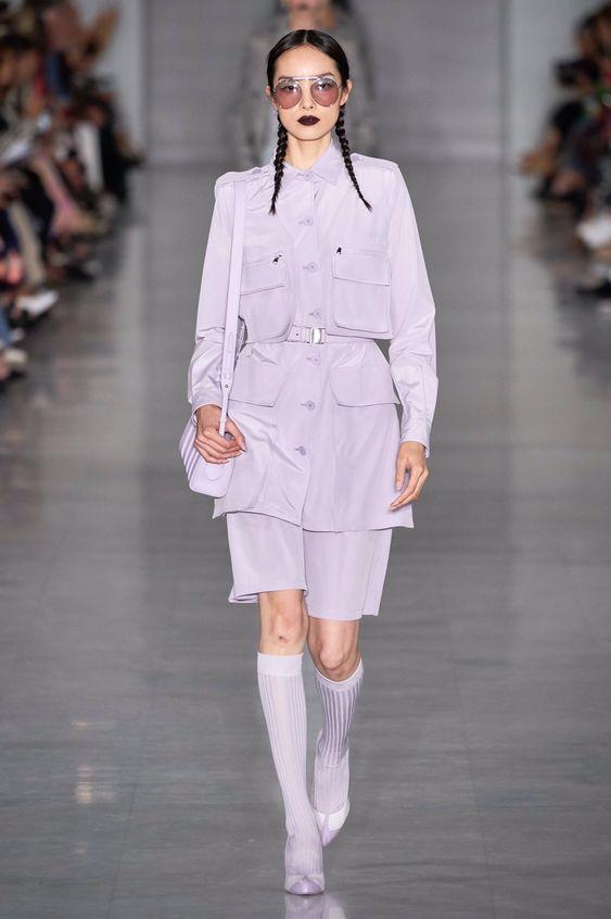 @maxmara becomes chic and modern 👗🥰❤ #milanofashionweek # SS2020 #MaxMara #moda #outfit #look #fashion #fashionstyle #fashionista #fashionblogger # ss2020 # SpringSummer2020 #fashionweekmilano #maxmara