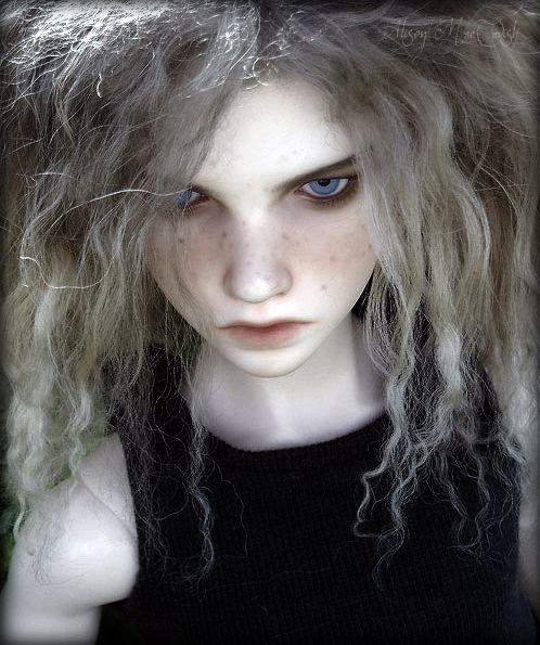 She looks like my niece :-)