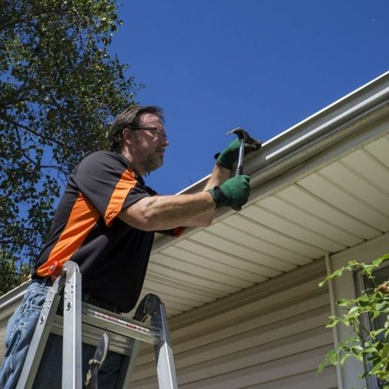 Eavestrough Toronto provides services to repair eavestroughs in residential and commercial buildings in Toronto. Specialized in Eavestrough cleaning, repairs, & installation in Toronto since 2010.