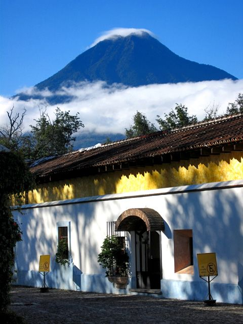 volcan de agua, antigua guatemala: