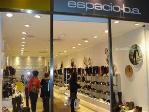 ESPACIO BA - Zapatería: Ba Zapatería, Espacio Ba