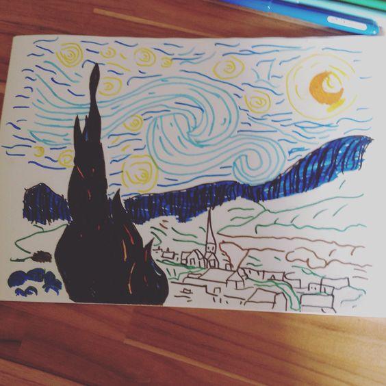 ideia de desenho .O quadro noite estrelada !!Eu imprimi o molde do quadro e contornei com o lápis HB por cima,mas você pode usar qualquer lápis de escrever.Depois pintei com as canetinhas da stabilo e da faber-castell ponta vai e vem!  DAI VAI DA SUA CRIATIVIDADE PINTE DE VÁRIAS CORES!