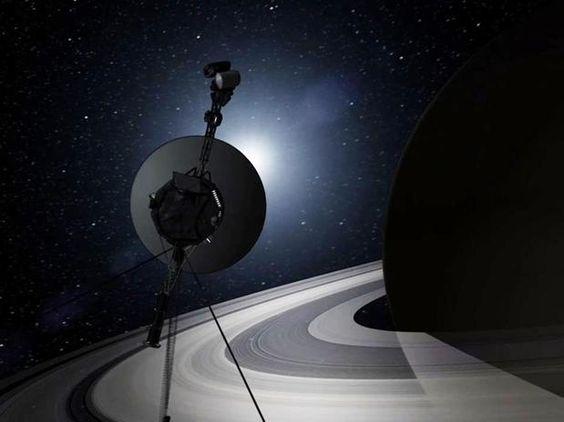 """La sonda Voyager 1, el objeto espacial que ha llegado más lejos de la Tierra, ha llegado al espacio interestelar o una """"nueva estructura"""" desconocida hasta ahora y que se encontraría justo antes de salir del Sistema Solar, confirmó hoy el responsable científico de esta misión Edward Stone Foto: AP"""