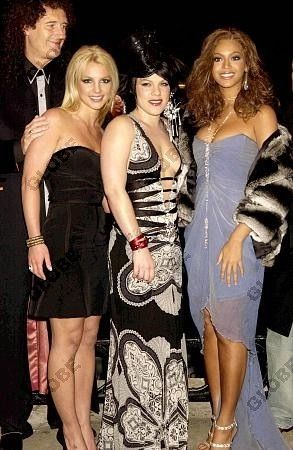 beyonce with britney spears and pink at the premiere of