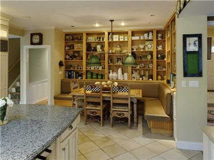 Great built ins off the kitchen