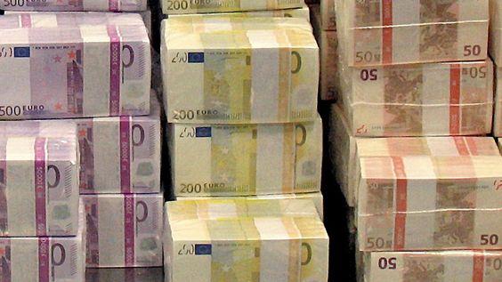 Negativzins für deutsche Staatsanleihen: Staat verdient mit Schulden Geld