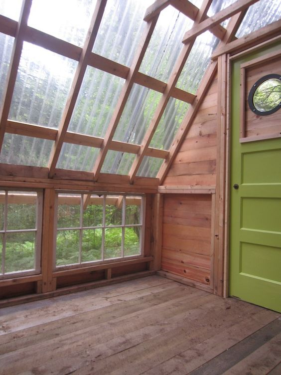 Tiny cabins cabin and greenhouses on pinterest for Diy micro greenhouse