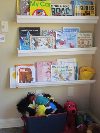 Classroom great shelf idea for younger kids so they wont for Bookshelf display ideas