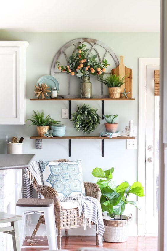 Modest Summer Home Decor