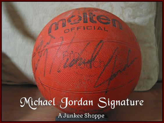 AUTOGRAPHED Molten Basketball Star Signed Through The Decades Not Authenticated Michael Jordan 950  http://ajunkeeshoppe.blogspot.com/