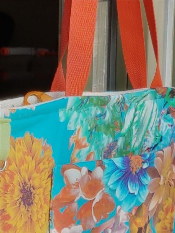 Bolsa tecido estampa colorida azul Bolsa de tecido verão colorido Forrada com bolsos e ziper