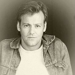 Rupert Graves - one of those actors who gets better-looking with age.