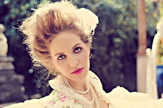 The modern Marie Antoinette ~ Styled Shoot by Tamiz Photography ~ Teil I | www.brautsalat.de