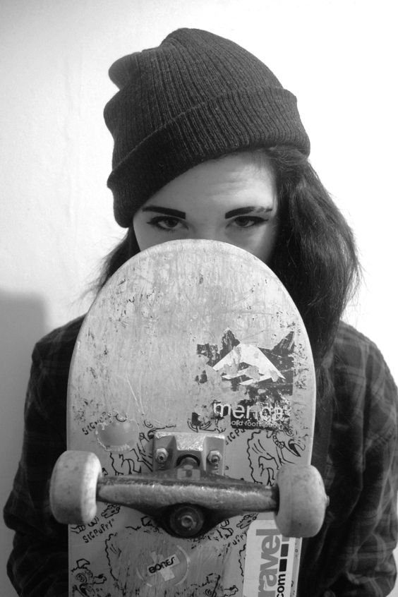 I think I'm just going to start teaching my friends to skate so I'm not so lonely /Asiaskate/