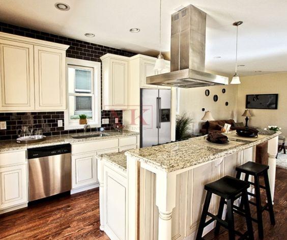 Granite Colors For White Kitchen Cabinets: Giallo Fiesta Granite