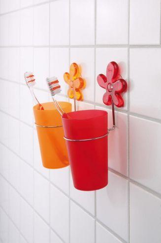 »A-PRIL #Zahnputzbecher:  A-PRIL von #Koziol wünscht einen schönen Guten Morgen und hält die #Zahnbürste schon bereit.