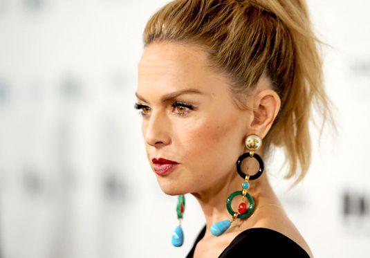 Amazing earrings! Rachel Zoe