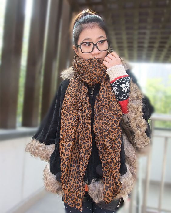 latest fashion, branded, designer and fabulous women Scarf, casual, party and office, summer and winter wears