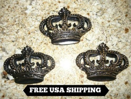 King Royal Old World Handmade Crown Fleur de Lis Wall Plaque Queen New