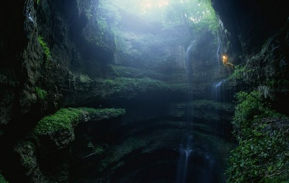 A past #Travel Inspiration: Go spelunking in Neversink Pit, in Alabama. Visit the site for more!