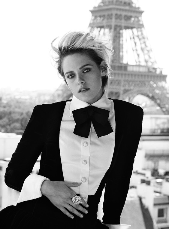 "Kristen Stewart warned against ""holding hands with girlfriend in public""- HarpersBAZAARUK"