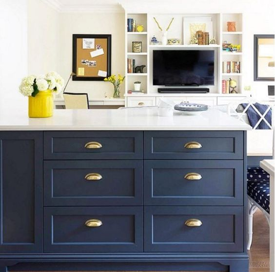This kitchen island is bold and sophisticated with Benjamin Moore Hale Navy HC-154. Paint your kitchen cabinets and furniture with ADVANCE.