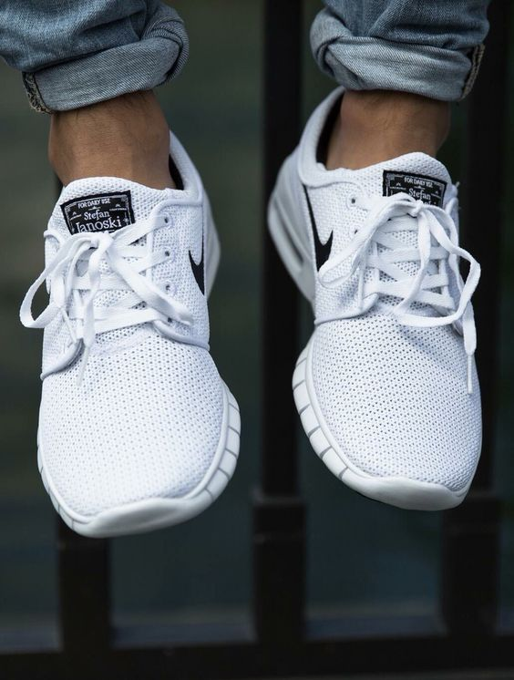 ✌ SO COOL ✌▄▄▄▄▄ Nike Shoes now 37 U-S-D