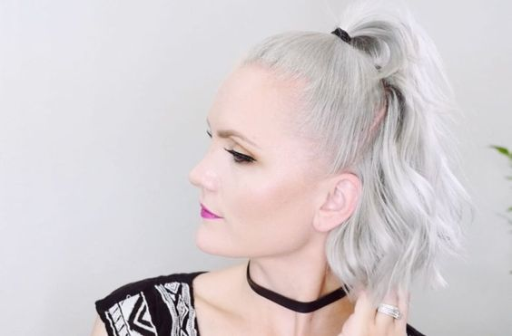 Simple and easy high ponytail