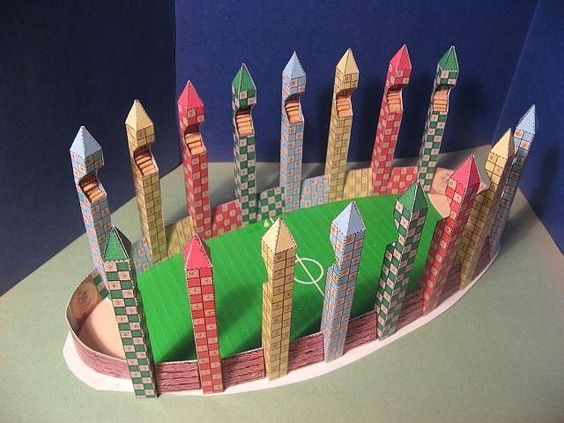 Tektonten Papercraft: Harry Potter Papercraft: Quidditch Field: