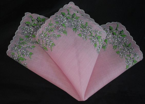 vintage handkerchief PINK HANKY little white flower SCALLOPS estate PLEASING
