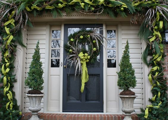 pinterest christmas 2013 decorations | ... Determine the Right Christmas Decorations : Christmas Door Decorations: Front Door, Christmas Decorations, Google Search, Front Doors, Front Door Colors, Christmas Door