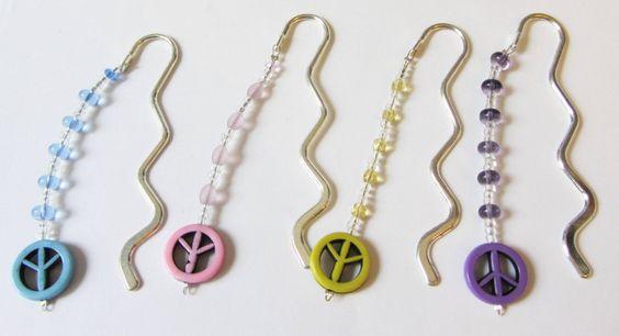 Lesezeichen mit Peace und Perlen Farbwahl von soschoen auf DaWanda.com