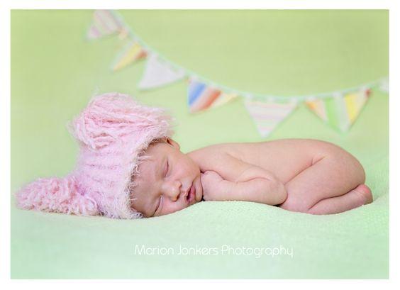 Newborn Photographer Marion Jonkers Photography www.marionjonkers.com.au