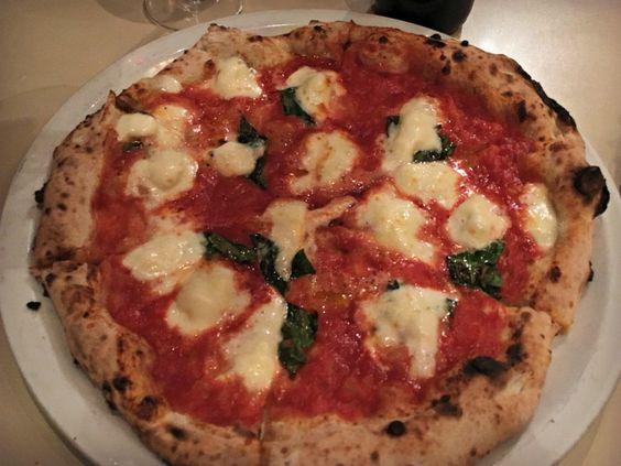 Pizza margharita de Tony's Pizza Napoletana, couronnée la meilleure du monde. Dans le top 10 des endroits où arrêter à San Francisco