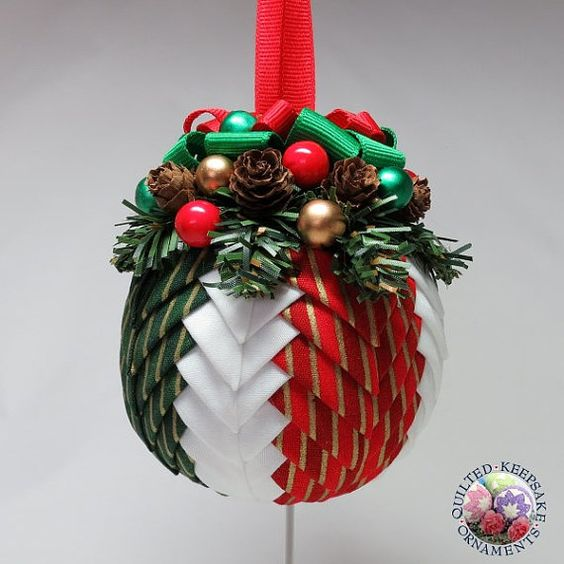 Quilting Christmas Ornaments Patterns : Quilted Christmas Ornament - Festive Holiday Red green, Navidad and Christmas ornament