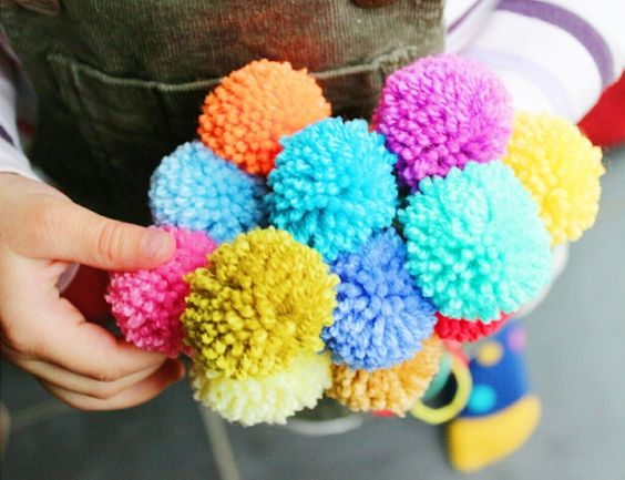 pom pom dolly blanket — Potter & Bloom