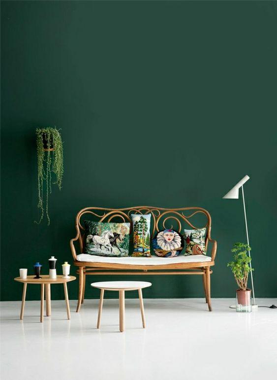 wandfarben bilder dunkel grüne wandfarbe
