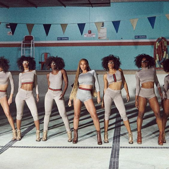 Beyoncè and the Crew. #Formation