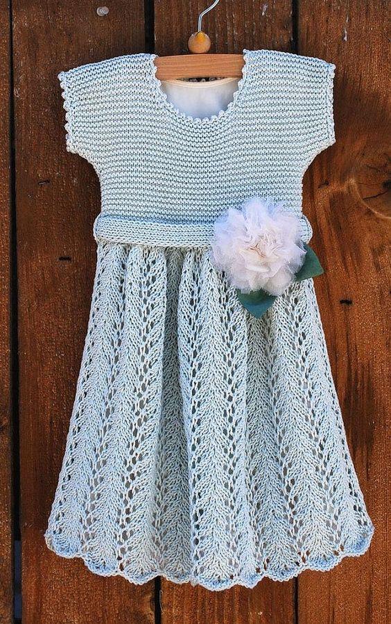 Malha padrão de vestido de bebê do vintage para PDF download digital por Lynn…