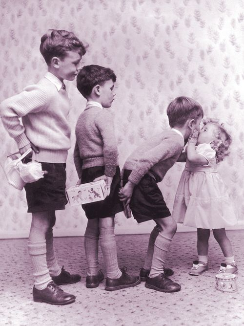Love this!  Reminds me of myself and my 3 older brothers as well as my mom and her 3 older brothers =)