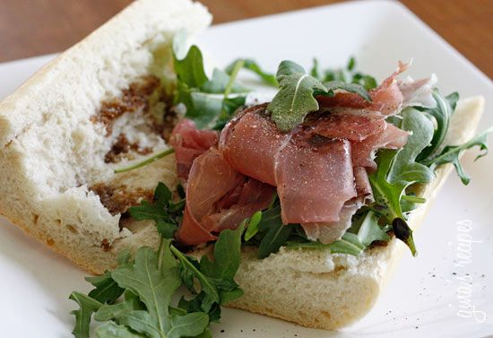 Prosciutto, Arugula and Balsamic Sandwich - Prosciutto di Parma, peppery arugula, sweet balsamic and heart healthy olive oil on french bread is a winning combination. #weightwatchers 7 points+
