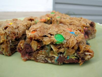 M&M-Chocolate Chip Oatmeal Bars | The Spiced Life