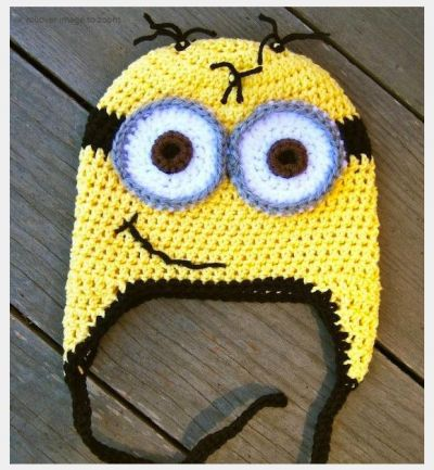 Minion Crochet Hat Pattern. Guess what everyone is getting for Christmas. Then I will make all of you work for me....